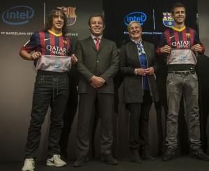Carles Puyol, Sandro Rosell, Deborah Conrad si Gerard Pique