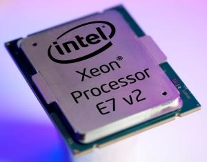 Intel Xeon E7 v2 (1)