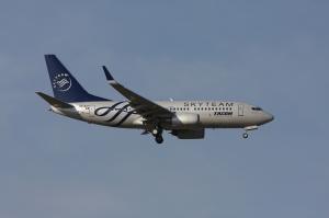 Tarom Boeing 737