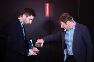 Lenovo ThinkPad X1 Yoga test rezistenta apa